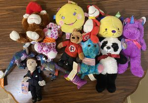LOT OF 13 STUFFED ANIMALS NEW TOY for Sale in Anaheim, CA