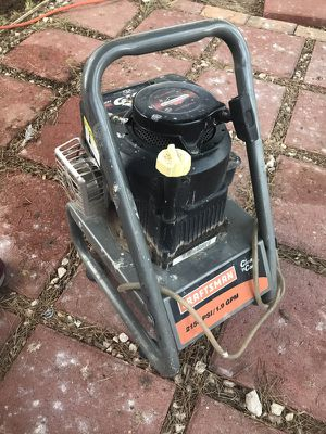 "Craftsman pressure washer ""clean n carry"" for Sale in Las Vegas, NV"
