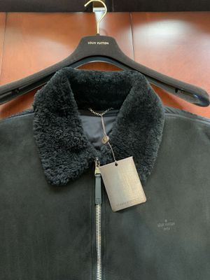 Louis Vuitton Shearling Coat. Mens Size LV 60 = XXL. for Sale in Milwaukee, WI