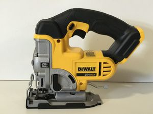 DEWALT 20v CORDLESS JIG SAW NO BATTERY OR CHARGER INCLUDED TOOL ONLY SOLO LA HERRAMIENTA for Sale in San Bernardino, CA