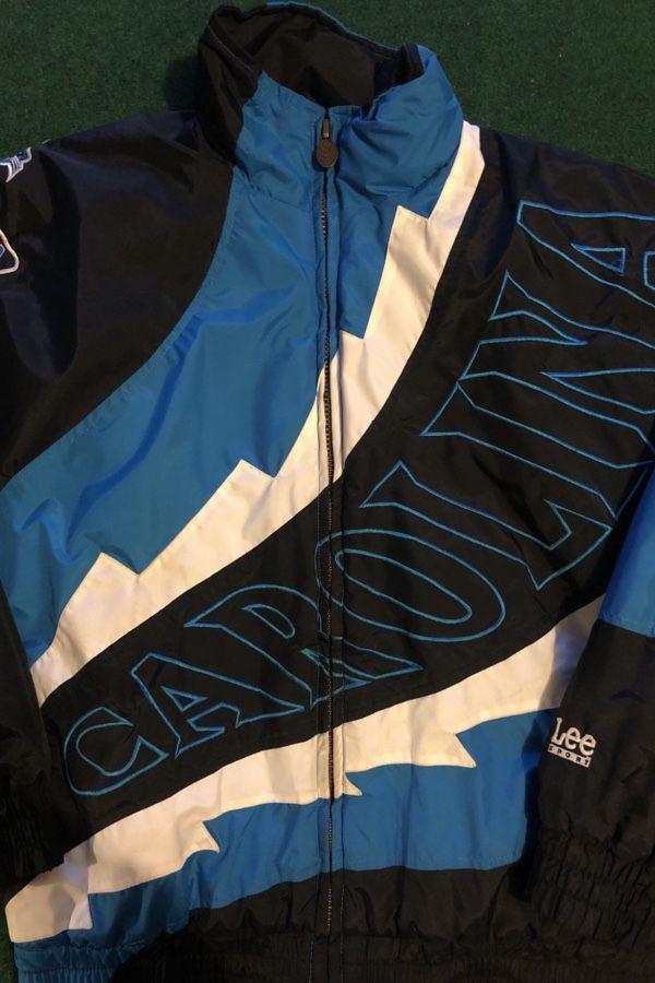 b0ddb4e08 Vintage Carolina Panthers Jacket Men s Medium for Sale in Katy