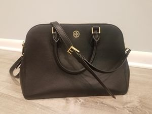 Tory Burch black leather crossbody purse for Sale in Chicago, IL