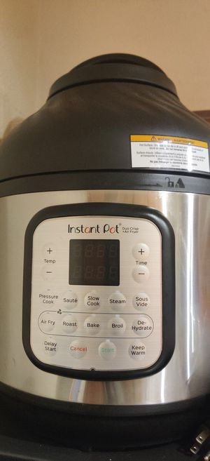 Instant Pot Duo (with Airfryer lid) Like New for Sale in Dallas, TX