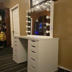 Vanity Mirror for Sale in Los Angeles, CA