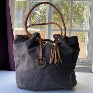 Michael Kors Tote for Sale in Downey, CA