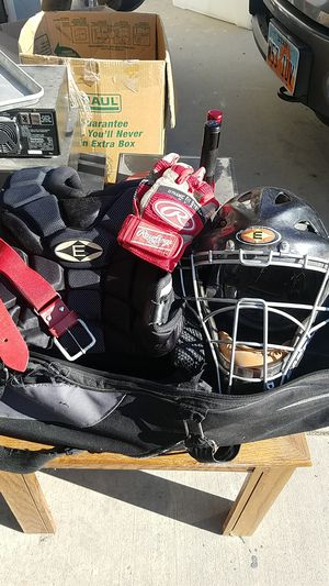 Youth Baseball bag and Catcher padding , helmet, belt, and gloves and three youth bats for Sale in Salt Lake City, UT