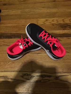 Flex experience rn 7 Gs size 7y for Sale in The Bronx, NY