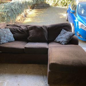 SOFA WITH CONVERTIBLE QUEEN BED for Sale in Seattle, WA