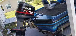18' dynatrak bass boat for Sale in Lorida, FL