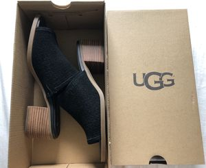 UGG | Raychel Black Suede Mule for Sale in Pittsburgh, PA