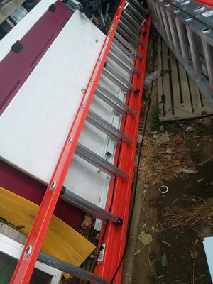New werner 28 ft extension ladder for Sale in Baltimore, MD
