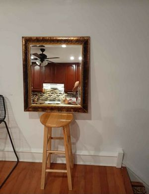 Floral design Wall Mirror || IN GREAT CONDITION for Sale in Philadelphia, PA