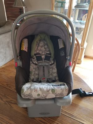 Graco Snugride Click Connect Car Seat for Sale in Littleton, CO
