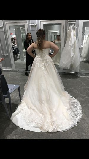 Wedding dress for Sale in Prince Frederick, MD