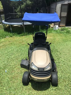 Craftsman YS4500 riding lawnmower tractor for Sale in Fort Lauderdale, FL