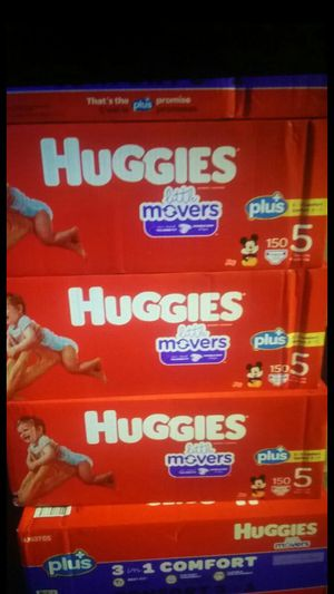 HUGGIES LITTLE MOVERS PLUS+ for Sale in Las Vegas, NV