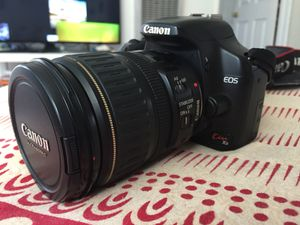 Canon Kiss x2 & Ultrasonic 28-135mm lens for Sale in Los Angeles, CA