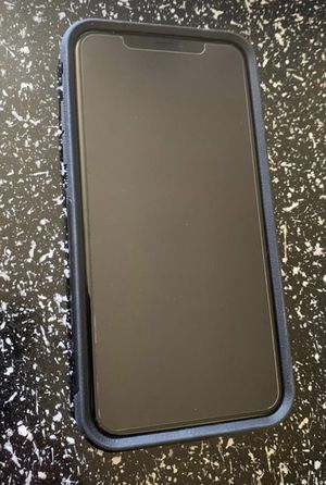 Unlocked IPhone 11 Pro Max Midnight Green for Sale in Milton, DE