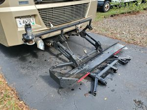Motorcycle carrier power lift for RV or Camper for Sale in Palm City, FL