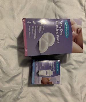 Breast feeding pump, nursing pads, breast milk storage bags and freezer storage for bags for Sale in Dallas, TX