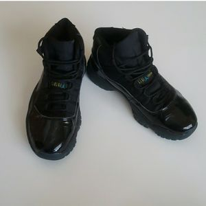 Jordan 11 Gamma Blue for Sale in Brooksville, FL