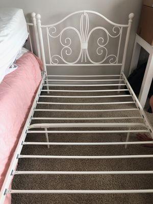 Metal bed frame for Sale in Destin, FL