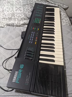 Yamaha PSR6 Keyboard for Sale in Plainfield, IL