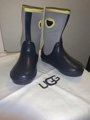 Ugg Rain Boots. Brand New. Size 13 Kids for Sale in San Jacinto, CA