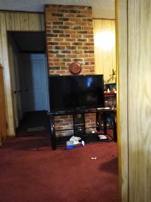 Emerson 40 in lcd TV for Sale in Lexington, KY