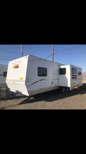 2008 SunnyBrook 28ft Trailer Camper Lite Sleeps 6 for Sale in Mesa, AZ