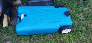 22 gallon drain water tank. for Sale in Tiverton, RI