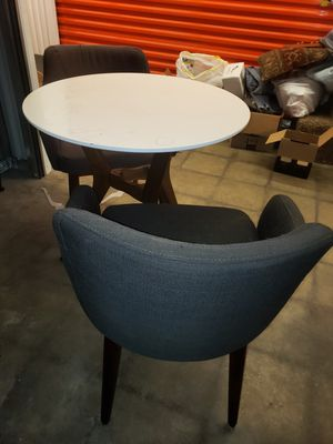 Kitchen table and chairs for Sale in Springfield, MO