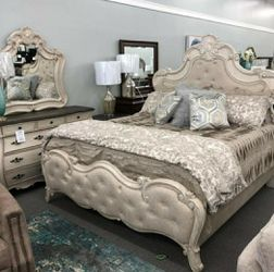 🤞🤞$39 Down Payment. 👈 Ashford Weathered White Panel Bedroom Set for Sale in Washington,  DC