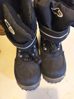 Boy Snow boots 11 for Sale in Kingsburg, CA
