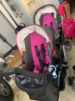 Like new Double stroller with 2 car seats baby kids( I bought last 2 months) for Sale in El Monte, CA