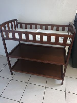 Diaper changing table for Sale in Fresno, CA