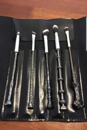 Wizard Wand Makeup Brushes for Sale in Barstow, CA