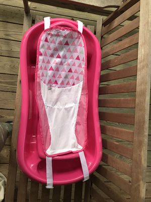 FREE pink infant/toddler tub for Sale in North Chesterfield, VA