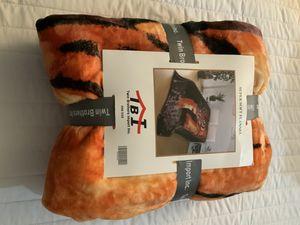 Super Soft Tiger Flannel for Sale in Chino, CA