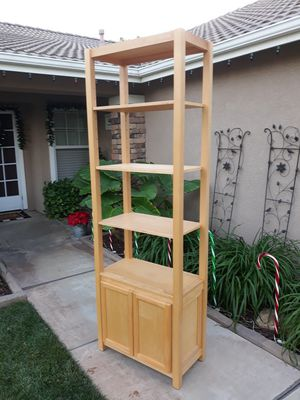 "TALL SOLID WOOD OPEN STYLE DISPLAY / BOOKCASE SHELF W/ STORAGE (28""W × 15""D × 84""H) for Sale in Corona, CA"