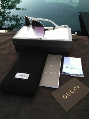 White designer shades..( box and case and bag is extra) for Sale in Concord, CA