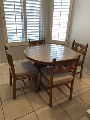 Kitchen table with 4 chairs for Sale in Phoenix, AZ