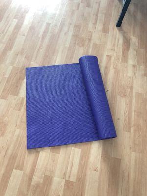 Purple yoga mat for Sale in Miami, FL