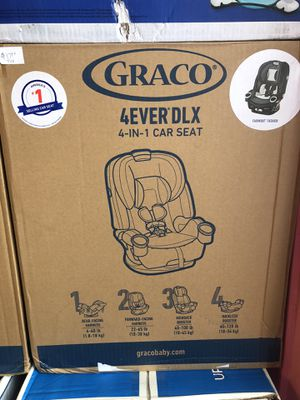 BRAND NEW CAR SEAT + DIAPERS + FREE WIPES. $199!!! for Sale in Rochester, NY