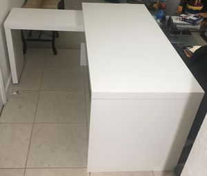 Desk table office at home for Sale in Miami, FL
