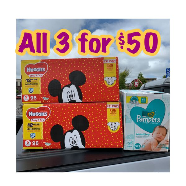 Huggies Size 5 diapers with wipes bundle