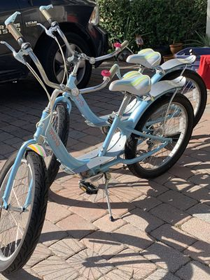 Areva Giant tire bikes ORIGINALS for Sale in Boynton Beach, FL