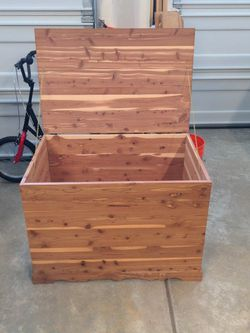 Cedar Chest for Sale in Gig Harbor,  WA
