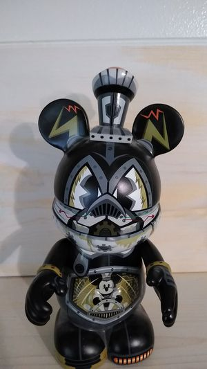 Vinylmation robots 3 steamboat Pete box Disney for Sale in Tigard, OR