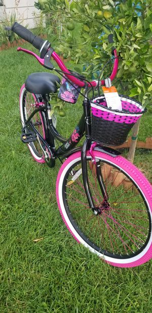 Susan G. Komen special edition beach cruiser (breast cancer awareness) for Sale in Ontario, CA
